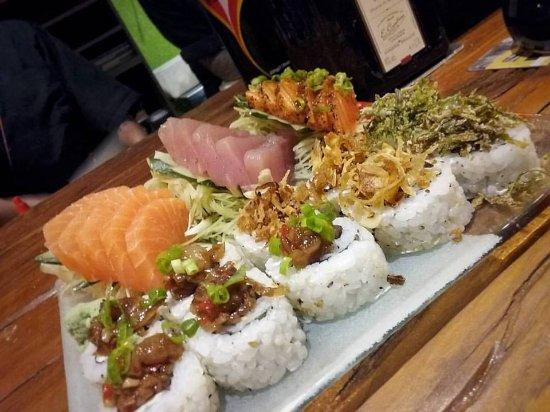 Ganesh Sushi Bar: Sashimi e Filadelfia, tudo de bom!