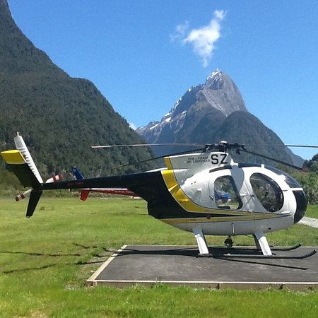 Haast, New Zealand: MILFORD SOUND ONLY 45MINUTES AWAY