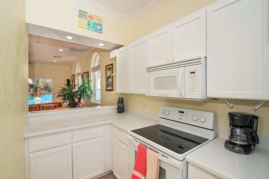 Bodden Town, Grand Cayman: Condo 6 Kitchen