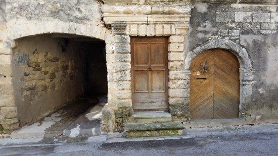 Vic-la-Gardiole, França: Eglise Sainte Leocadie