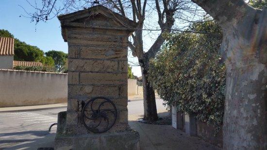 Vic-la-Gardiole, فرنسا: Eglise Sainte Leocadie