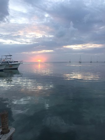 Iguana Reef Inn: Another night's sunset at hotel