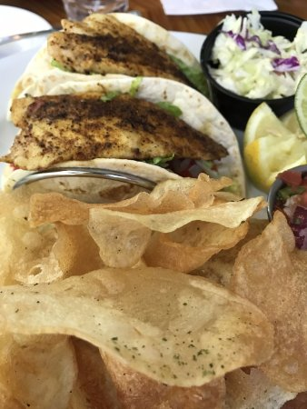 Cip's Place: Fish tacos