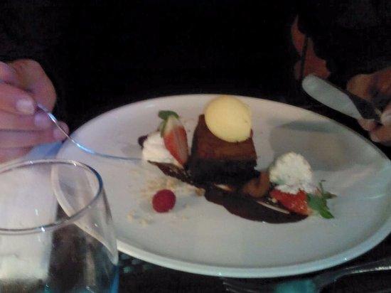Newton on the Moor, UK: Brownie (Dessert)