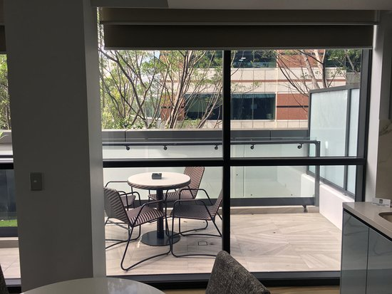 North Sydney, Australia: View of the balcony on the 4th floor
