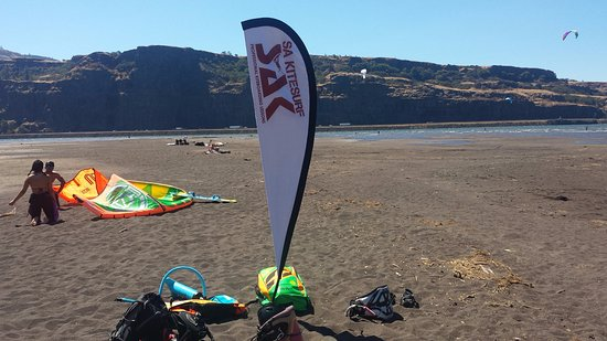 SA Kitesurf Adventures: best spot in the gorge to learn