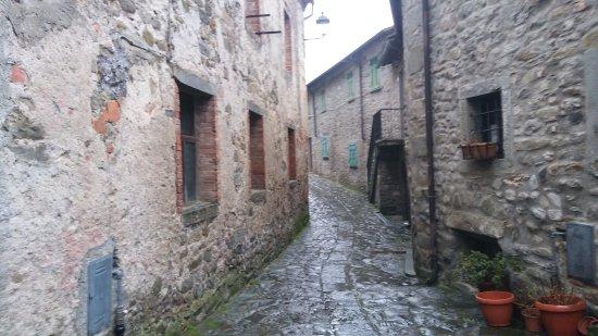 Fivizzano, Italie : Il magnifico borghetto di Verrucola