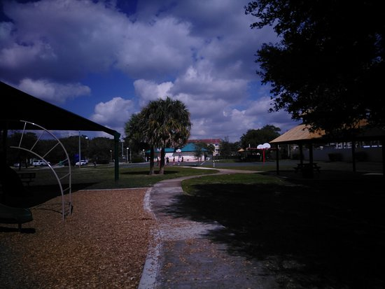 Betty Booth Roberts Park