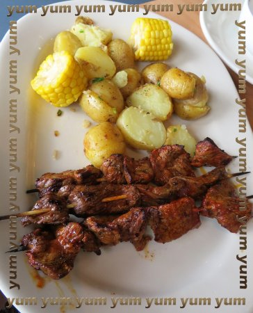 Round Rock, TX: sirloin steak anticuchos with taters and corn