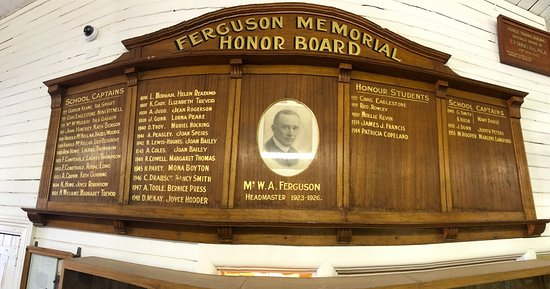 Forbes, Australia: FHS School Captain Honor Board 1924 - 1951