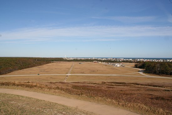 Kill Devil Hills, NC: The view from the top at Wright Brothers Memorial