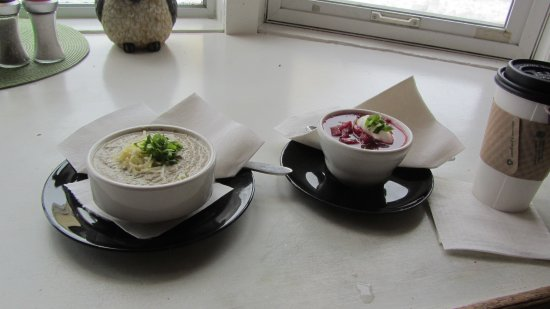 Chemainus, Canada : Home made soups - mushroom and borscht
