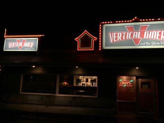 Vertical Diner: photo0.jpg