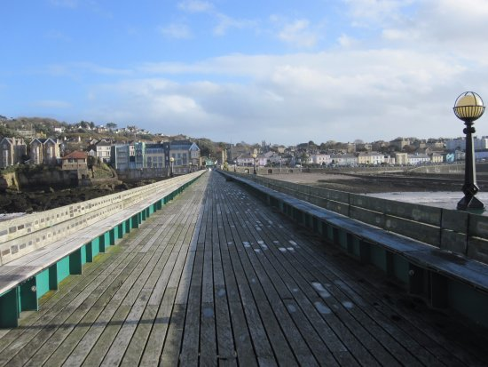 End of pier looking back towards Clevedon