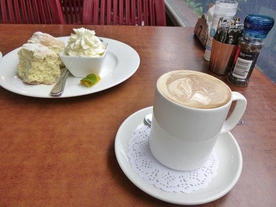 Berry, Austrália: Coffee and scones