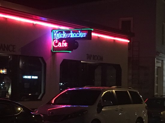 Westerly, RI: Knickerbocker Cafe