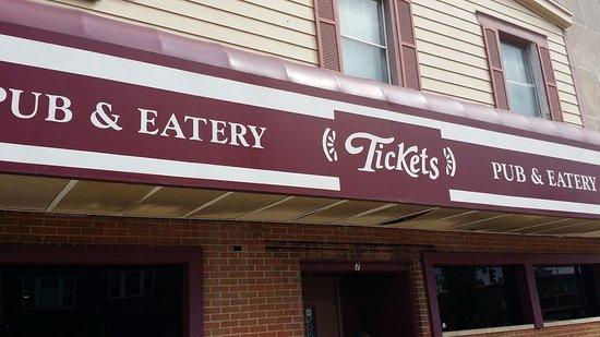 Fairborn, OH: Tickets Pub & Eatery