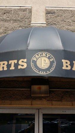 Fairborn, OH: Packy's Sports Bar & Restaurant