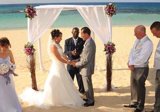 Jewel Runaway Bay Beach Golf Resort My Wedding At Jamaica