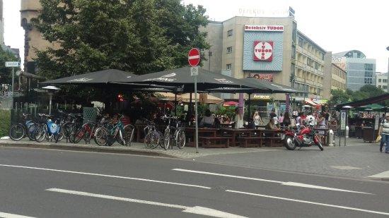 Cafe Extrablatt: Extrablatt Across the Road