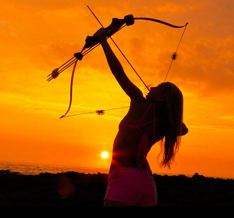 Holualoa, HI: Hawaiian sunsets and archery does it get much better?