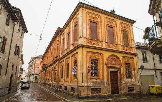 Palazzo Avogadro di Quinto