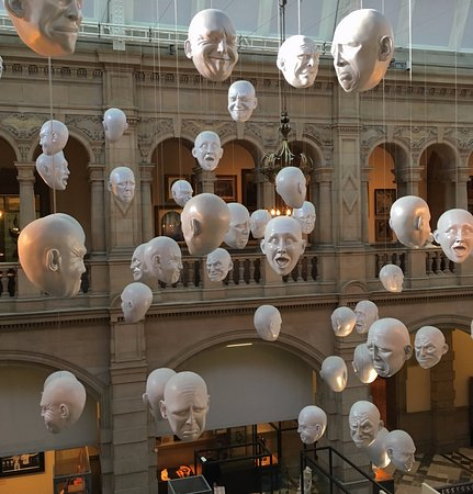 Kelvingrove Art Gallery and Museum: Heads for heights