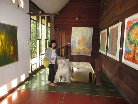 Nan Province, Thailand: Inside the Gallery
