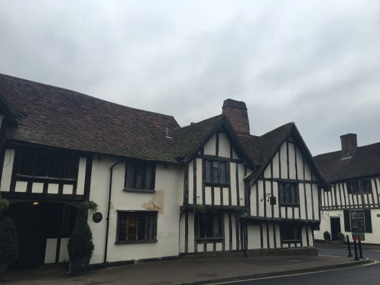 Lavenham, UK: Outside of the Swan