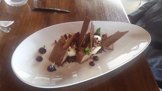 Cambridge, Australia: Spectacular dessert.