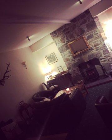 Glenmoriston Arms Hotel: photo3.jpg