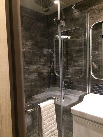 l 39 hotel du commerce montauban france voir les tarifs 87 avis et 25 photos. Black Bedroom Furniture Sets. Home Design Ideas