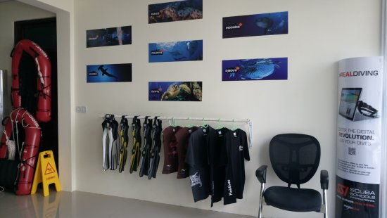 Hulhumale: Dive center