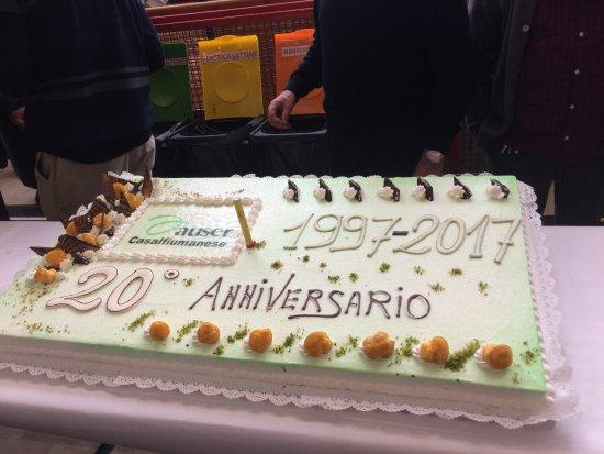 Torta Per I 50 Anni Di Mia Mamma Crema Chantilly E Gocce Di