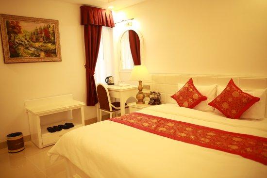 Tulip Hotel III
