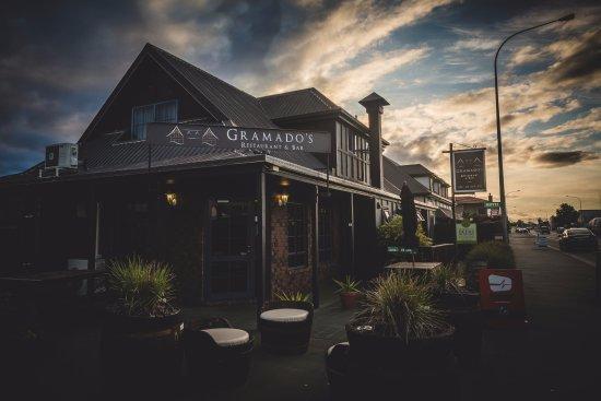 Gramado's Restaurant and Bar