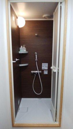 Hostel Ayame: 個室シャワー