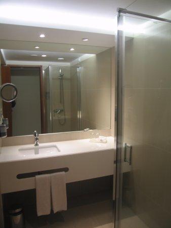 Four Views Baia: łazienka