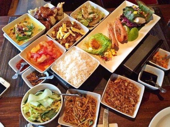 Chameleon Restaurant: photo0.jpg