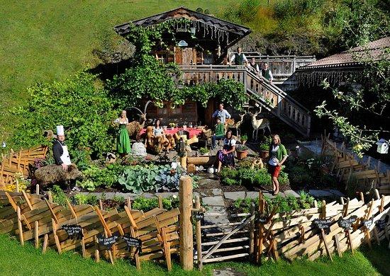Sankt Johann im Pongau, Austria: Troadkasten aussen