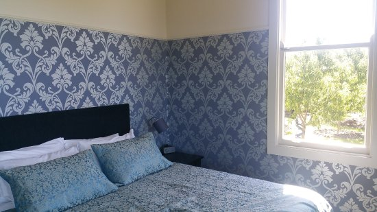 Collingwood, New Zealand: bedroom with garden view