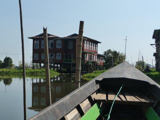 Kalaw, Myanmar: Inle lake - Arrival !