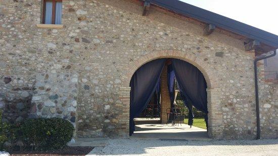 3a592ae3c9 da fuori - Picture of Agriturismo Corte La Sacca, Pozzolengo ...