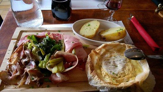 Oz en Oisans, França: Main dish