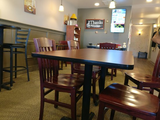 Fairfield, OH: High Chairs and Regular Tables