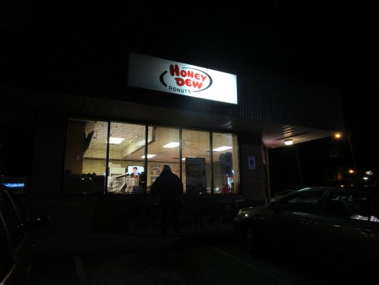 Honey Dew Donuts in Cranston, R.I.