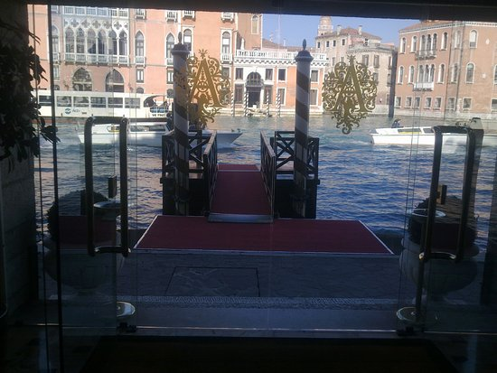 Sina Palazzo Sant'Angelo: Bootsanlagestelle