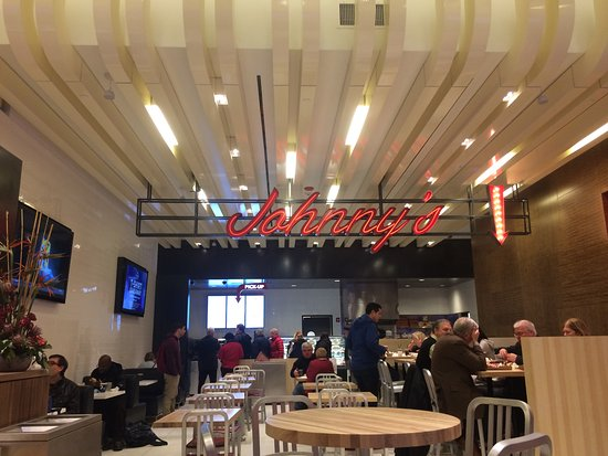 Schenectady, NY: Johnny's to go in food court