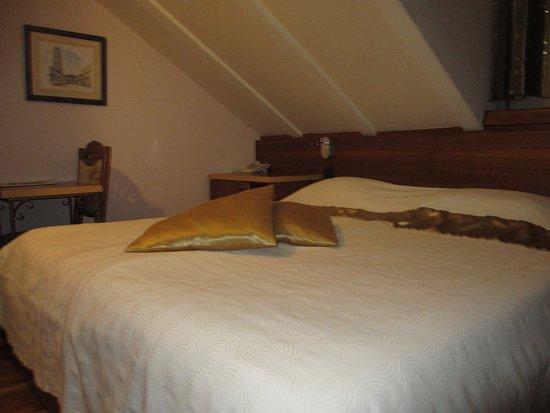 Hotel Villa Diana: ベッド