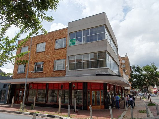 Ekala Eco Tours - Day Tours: Mandela's former office